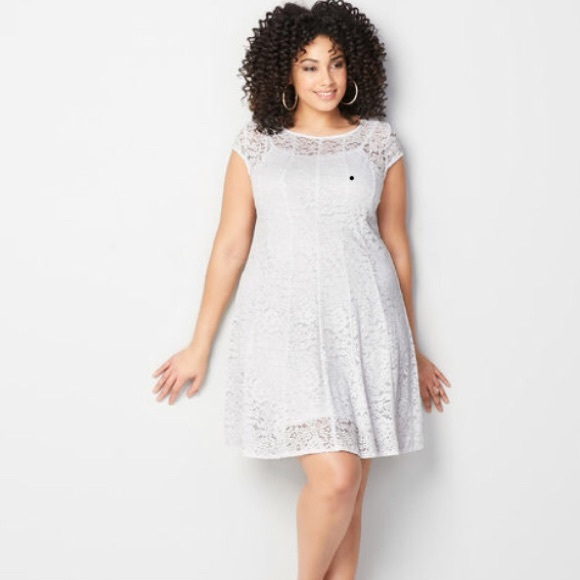New White Lace Fit Flare Dress Size 1820 Nwt